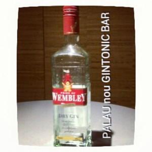"""WEMBLEY DRY GIN"" PALAU nou GINTONIC BAR"